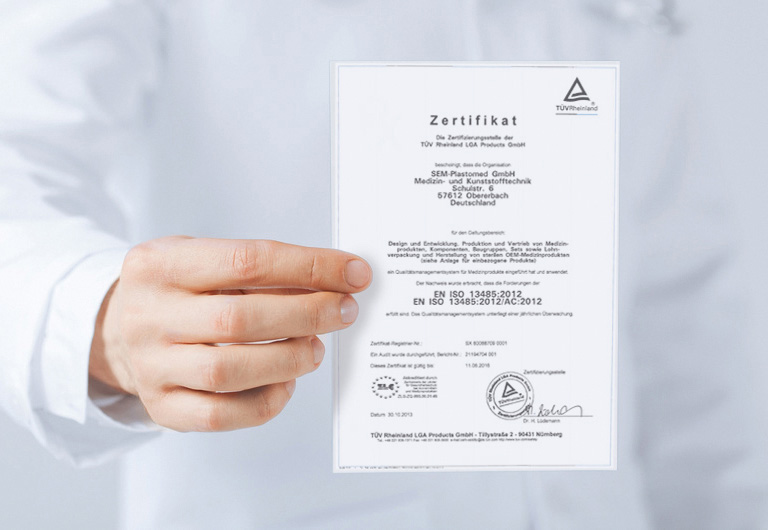 Plastomed Zertifikat